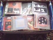 Много компакт дисков